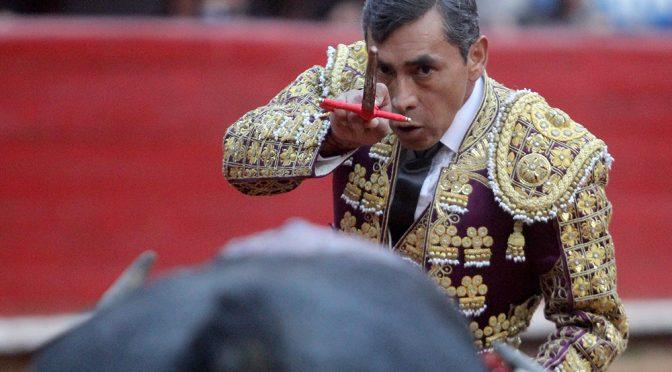 "Inicia feria taurina de Teziutlan con la despedida de ""Zotoluco"""