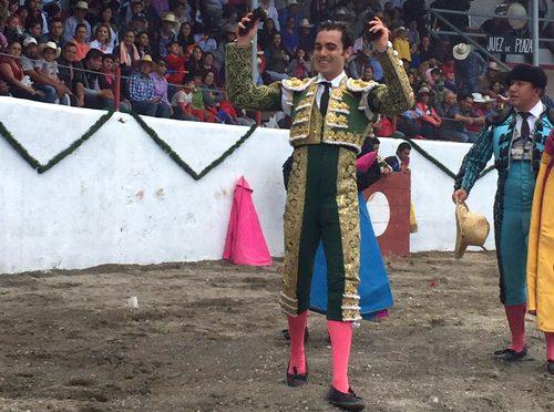 José Mauricio y El Zapata triunfan en Zempoala