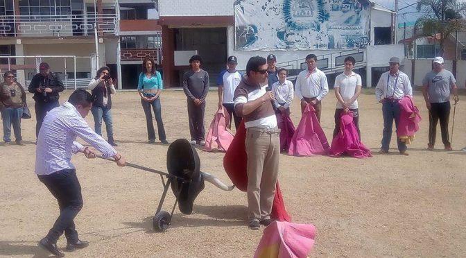 Imparte Jerónimo clase práctica en Puebla