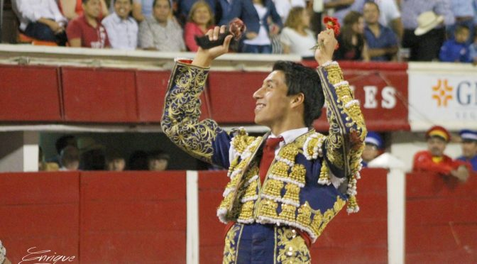 Sergio Flores en grande el día de San Marcos
