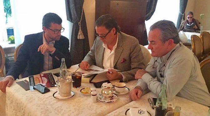 Directivos de Casa Toreros afinan detalles para  la contratación de figuras