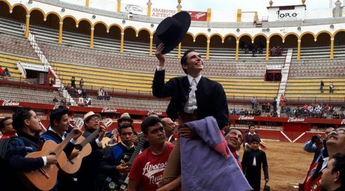 Exitosa vacada de triunfadores en la monumental de Morelia