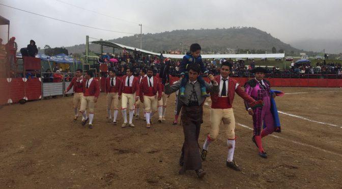 Pimentel, Pizarro y Fuentes cortan orejas en Terrenate