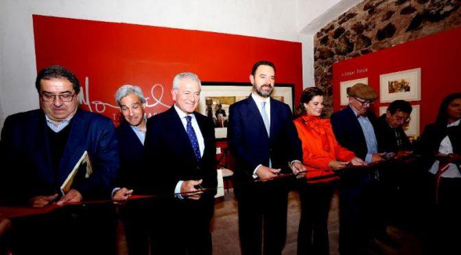 Gobernador de Zacatecas inaugura exposición sobre tauromaquia