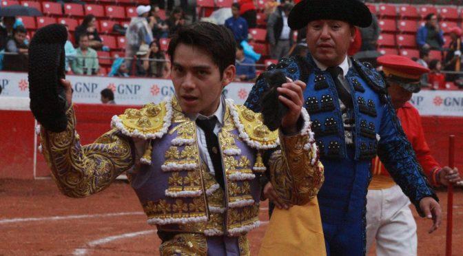 Arturo Soto corta una oreja de peso en La Plaza México