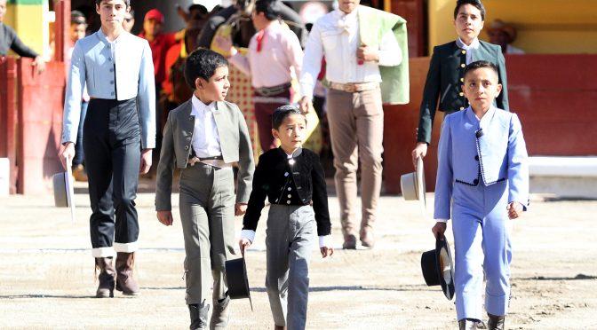 Exitoso festival en Apizaco de la escuela taurina de Jesús Villanueva