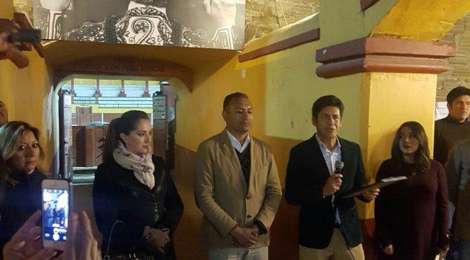 """Inauguran muestra """"Detras del Capote"""" en la Ranchero"""