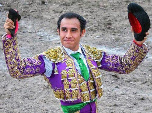Badillo corta la única oreja en Tayahua, Zacatecas