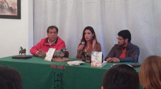 """Se presenta libro """"Conquistador de Sueños"""" en Huamantla"""