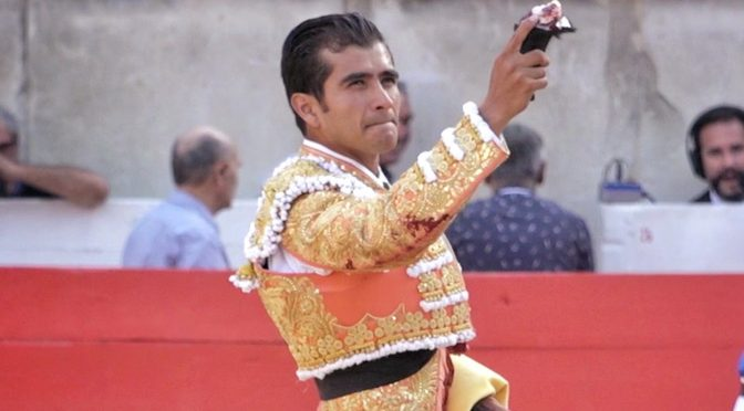 Joselito Adame corta valiosa oreja en Nimes