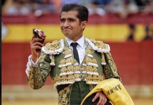 Oreja de raza de Joselito Adame en Calatayud