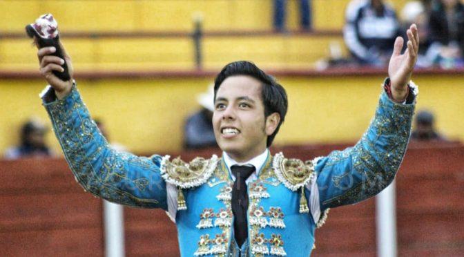 José de Alejandría da la cara por Tlaxcala en la Feria..(Fotos)
