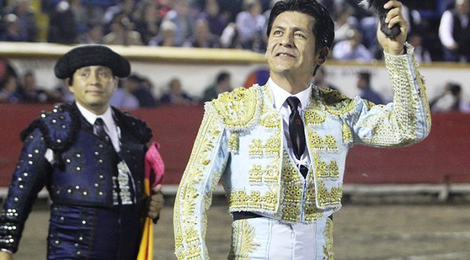 Triunfan Calita y los ganaderos en Puebla