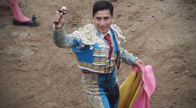 El tlaxcalteca Ulises Sánchez triunfa en descubriendo un torero