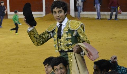 Leo Valadez triunfa en Guadarrama