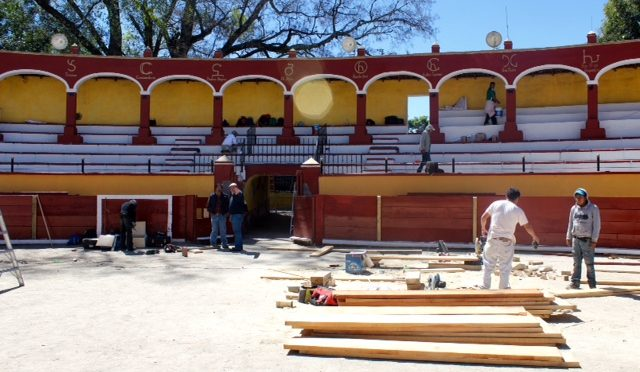 Posponen novillada de debut en Tlaxcala..(Fotos)