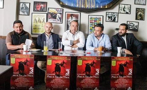 Macías sustituye a Robles en festival de Ags