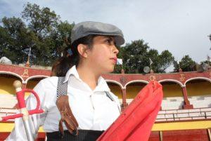 Juliete Martínez se pone a tope para vacada en Atizapan