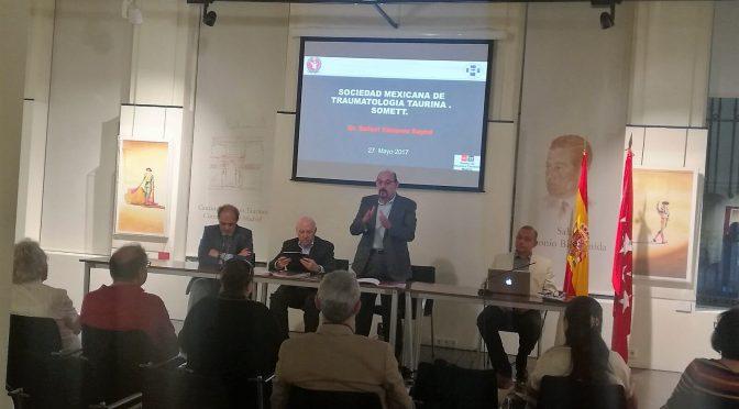 Ofrecen médicos mexicanos curso en las Ventas de Madrid