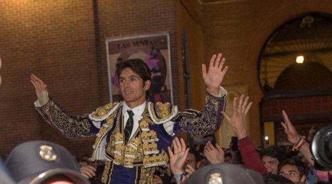 Castella abre la puerta grande en las Ventas