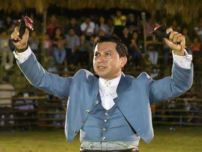 Cuauhtémoc Ayala triunfa en Cuncunul