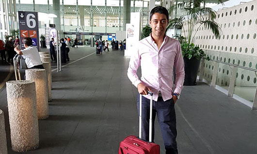 Sergio Flores partió rumbo a Europa