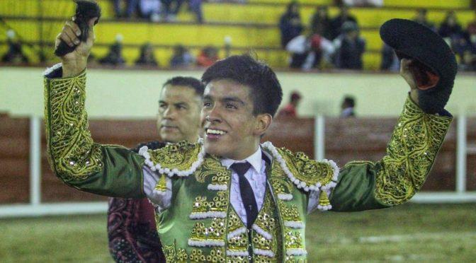 """Salva Alberto Ortega segunda novillada de la Feria de Tlaxcala"""